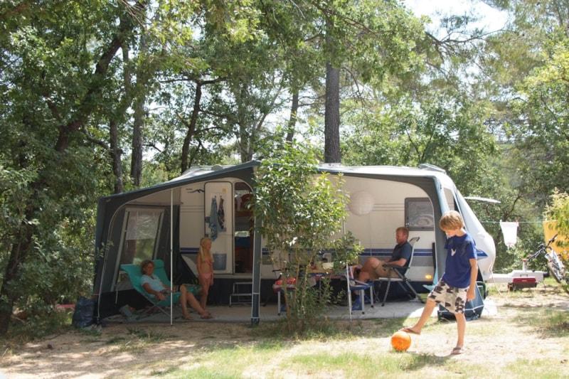 Lac de Sainte-Croix : quels sont les 3 meilleurs campings de la destination ?